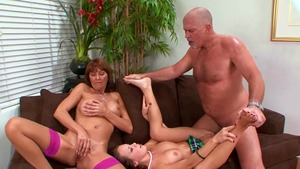 Sweet desi Haley Sweet & Desi Foxx hard shared