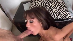MILF feels the need for good fuck