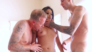 Kaylani Lei with Lani Lei dick sucking