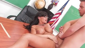 Lisa Ann finds dick to fuck