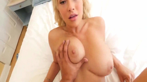 Kylie Page pussy eating