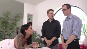 Real sex alongside swinger Chad Diamond at the party HD