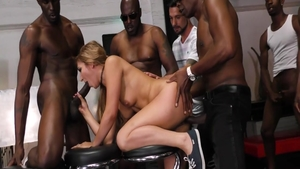 Gangbang next to chubby blonde Moka Mora