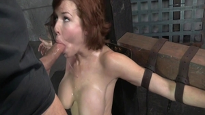 Busty MILF Veronica Avluv goes in for tied up