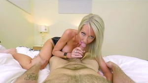 Supermodel Emma Starr rough cumshot