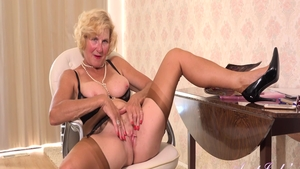 Busty big boobs mature Molly Maracas in lingerie fingering