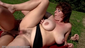 Big tits MILF likes raw sex in HD