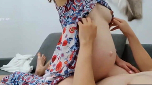 Hard fucking starring pregnant chinese girl
