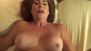 Large tits & stunning amateur cowgirl sex in hotel