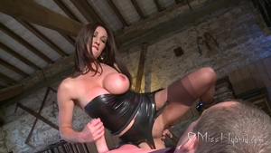 English MILF needs slamming hard in tight stockings