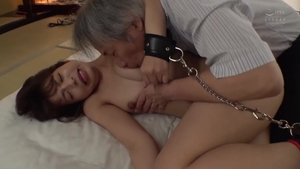 Beautiful asian babe raw pussy eating
