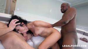 Hairy japanese brunette Marica Hase likes facial HD