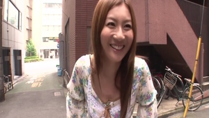 Facial with hawt young japanese blonde haired Tatsumi Yui