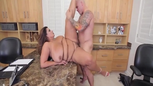 Hard pounding escorted by young MILF Sofia Rose