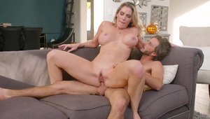 Big ass stepmom Kayla Paige in sexy lingerie hard cumshot