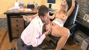 Small tits colleague cumshot in office