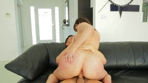 Busty pornstar Jasmine Jae wants raw fucking