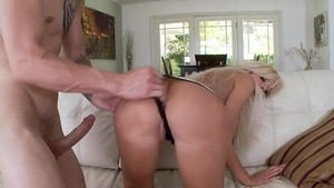 Blonde Nina Elle in tandem with Chris Strokes sucking cock